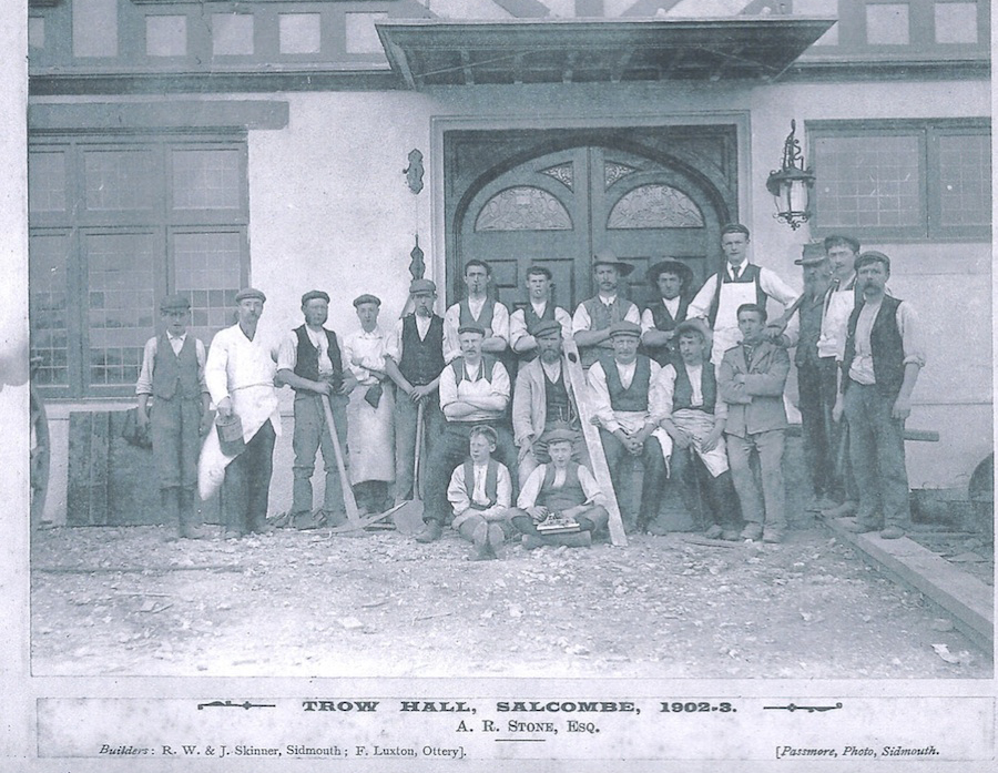 Photo of builders at Trow Hall 1902/3